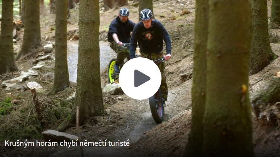 ct24-krusne-hory-turiste-chybi